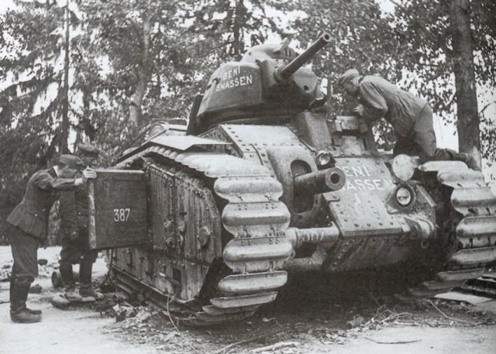 Bataille de Stonne mai 1940 1/35 Charb1a
